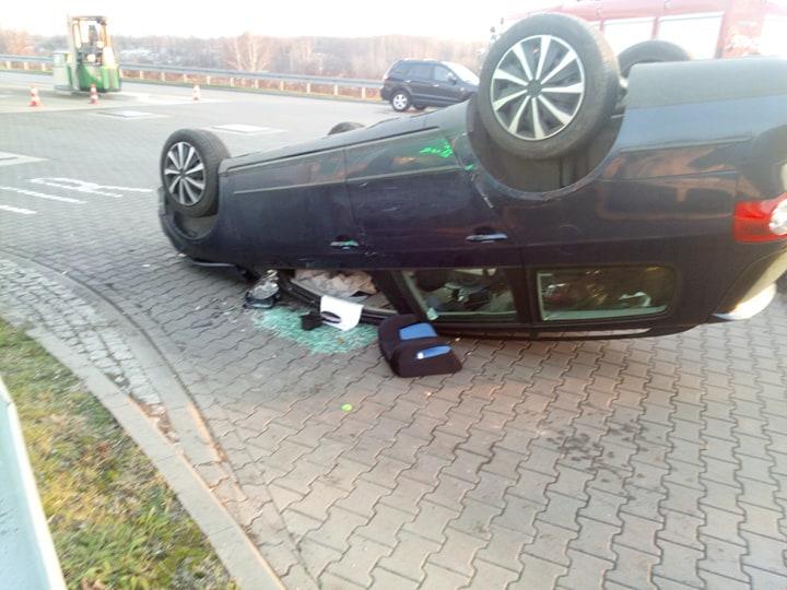 Dachowanie samochodu osobowego Zabrze Ruda Śląska DTŚ