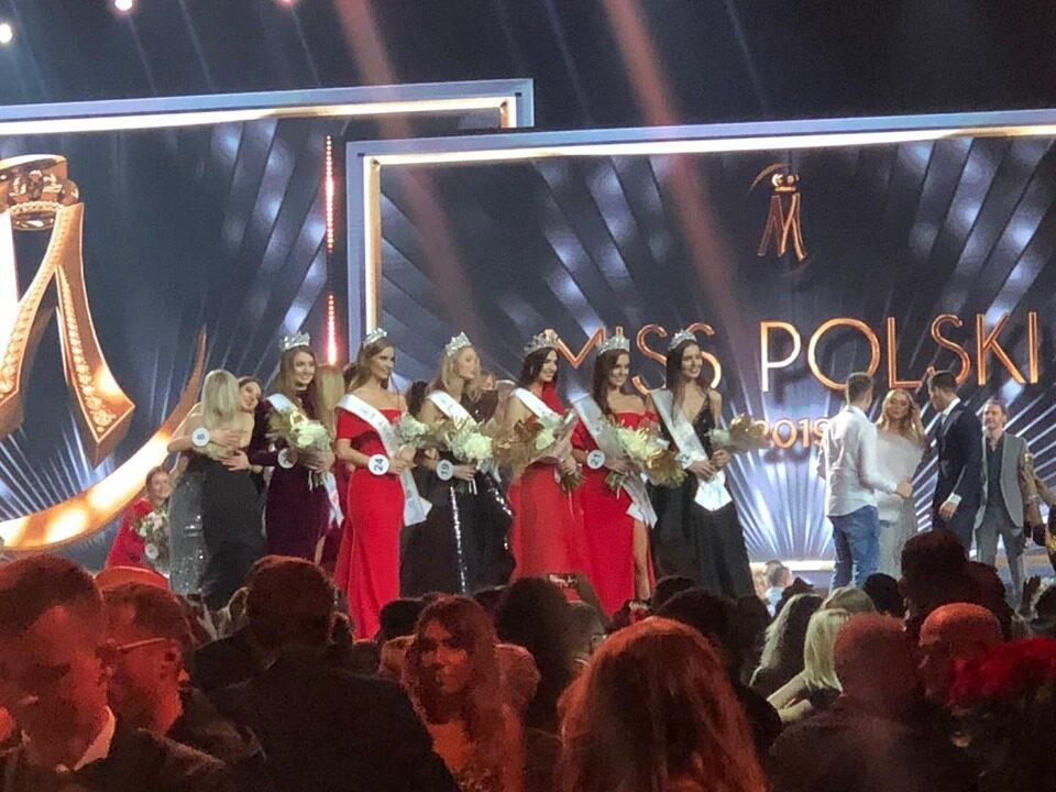 Ma 19 lat, studiuje kosmetologię, uczęszcza też do szkoły wokalnej i gra na fortepianie. Zabrzanka – Magdalena Kasiborska to w tej chwili najpiękniejsza Polka. Podczas 30 edycji Narodowego Konkursu Piękności zdobyła tytuł Miss Polski 2019.